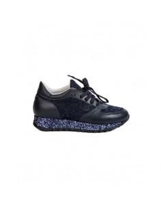 Stokton Sneakers in Blau mit Spitze