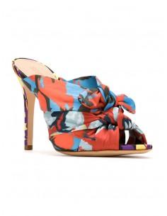 Schutz Sandales avec talon en multicolore | altamoda.shop - S0138714500001