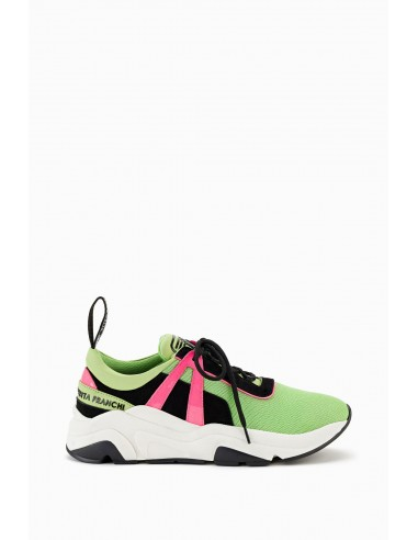 Colorful Sneakers Line Moves