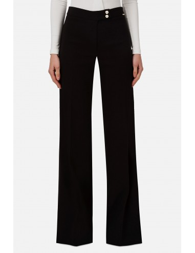 Trousers with wide leg cut