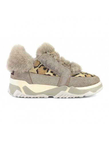 MOU Stiefel Eskimo Schnürtrainingsschuh mit leichter Gummisohle und echtem Schafsfell - online kaufen - altamoda.shop