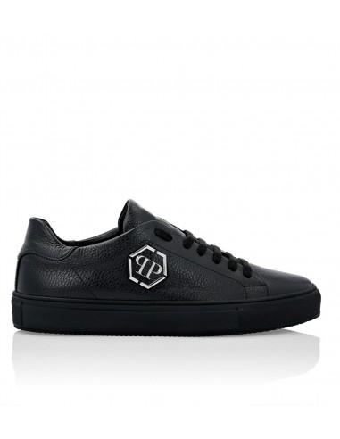 Philipp Plein Elegant Sneakers com logotipo em altamoda.shop - A19S MSC2394 PLE006N