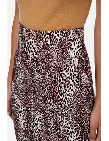 Calf-length skirt with animal print