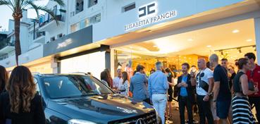 Eingang Elisabetta Franchi Boutique Puerto Banus Marbella